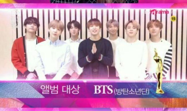 Tranh cãi khi Taeyeon cùng BTS thắng Daesang tại Seoul Music Awards