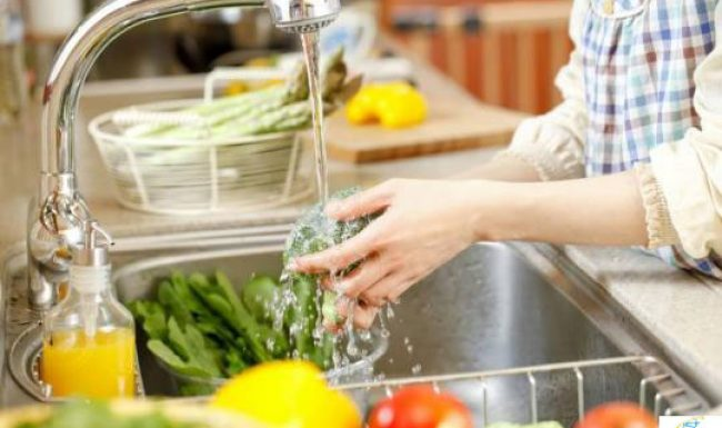 15 loại rau củ quả thường bị ngâm hoá chất các mẹ cần biết để tránh