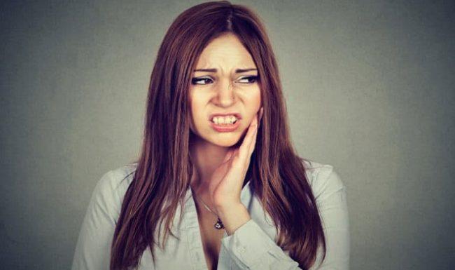 Bệnh nha chu là gì? Có chữa khỏi được không và phòng ngừa bệnh ra sao?