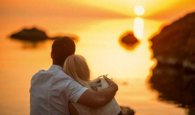 Những câu nói hay về tình yêu cảm động chạm đến trái tim người đọc