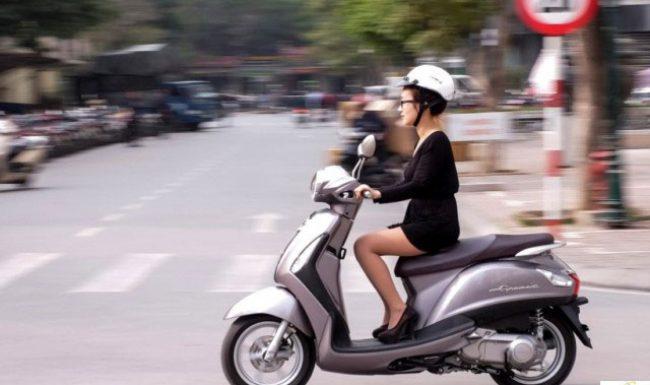 Những lời khuyên vàng cho bà bầu khi tự đi xe máy