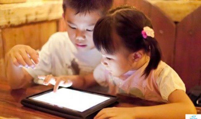 5 tác hại của việc cho trẻ chơi ipad thường xuyên cha mẹ nên biết