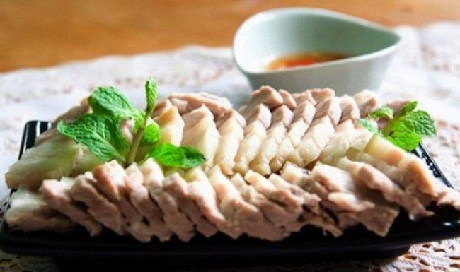 4 sai lầm khi luộc thịt khiến không những bị mất chất mà độc tố còn ngấm ngược vào trong
